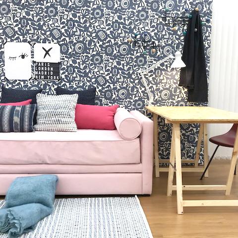 Decoracion-habitacion-invitados-papel-pintado
